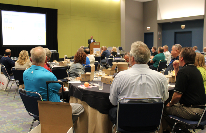 In-plant managers listen to Tom Rohrbach discuss his in-plant's insourcing journey.