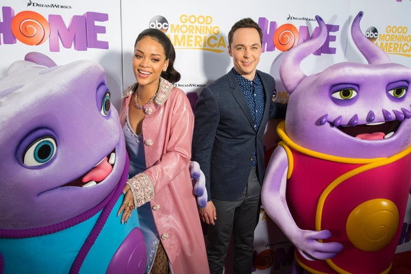 In the presence of stars Rihanna and Jim Parsons, Gigantic Color pulled off an installation and break down in under 12 hours.