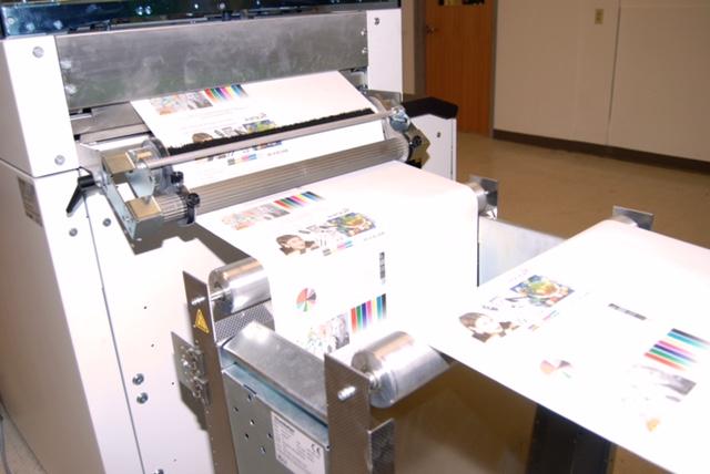 Polaris Direct's new Xerox Impika Evolution inkjet press in action.